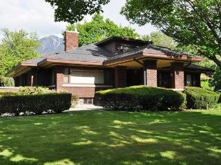 Modernized Historic Royal Eccles Estate, Ogden