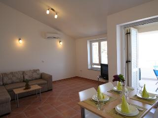 Holiday home 158676 - Holiday apartment 154555