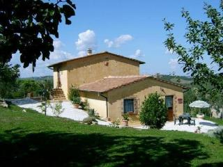 Nice apartment for couples near Siena, pool, quiet
