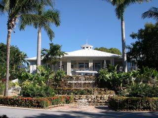 4 Bedroom 3.5 Bath Villa - Rock Harbor - WiFi, Key Largo