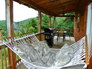 Cozy Nook Location: Boone / Valle Crucis