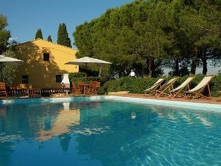 tipica casa colonica toscana sulle colline pisane, Casciana Terme
