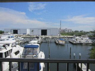 Nice One Bedroom Villa with a Marina View, A1127MB