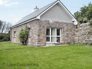93271 - Cottage 109 - Cleggan