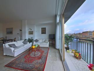 Vacation Rentals at Ponte Vecchio Terrace in Florence