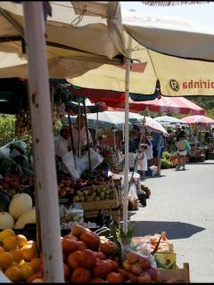 Almoçageme Fair ( 5 minutes' drive)