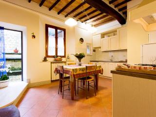 Suite Downtown - Casa Lapini, Montalcino