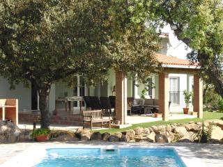 Finca Marowa - large, eco-friendly villa with pool, Province of Caceres