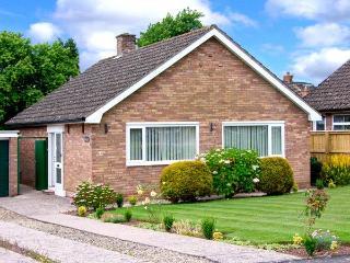 PENYGARN, Sky TV, WiFi, adjacent to Offa's Dyke, all ground floor cottage near Monmouth, Ref. 915063