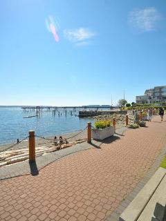 Sidney Ocean front walk