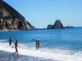 spiaggia di Renà - Sestri Levante -4,5 km (consigliata per ampio parcheggio gratis)