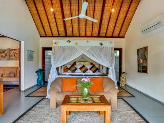 Great Value, 5 Bedroom Private Pool Villa Kaba Kaba Resort Bali, Tabanan