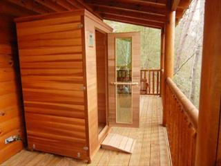 Natural Beauty, Modern Luxury, Private Deck, Hot Tub/Sauna, Sleeps 6, Swing, Sevierville