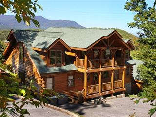Falling Stars View, Game Room, Unlimited DVD Rentals, Sleeps 12, Dogs OK, Sevierville