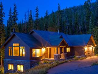 Newly Remodled Ski-In/Ski Out Luxury Home on the slopes of Moonlight Basin, Big Sky