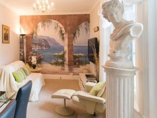 The Italian Suite, Knaresborough