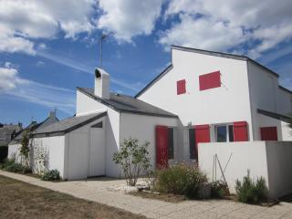 Maison de bord de mer (40m de la plage), Batz-sur-Mer