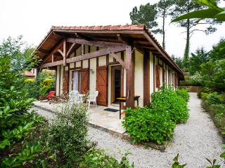 3-Star Villa for 7 (6 Pers. + 1 Baby) at Ocean near Biarritz  & Basque Country, Messanges