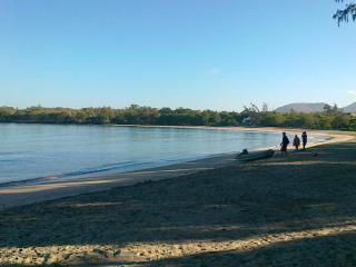 La plage de Tamarin au petit matin