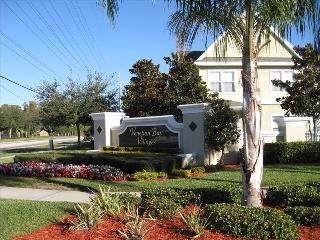Venetian Bay Condo 4 bed/3 bath (Disney 9 miles), Kissimmee