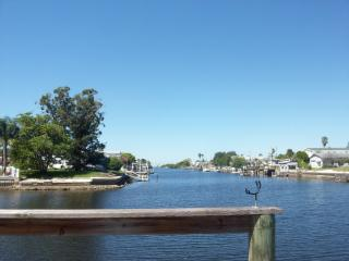 Nice Waterfront  2 -2 Mobile Home in Hudson,FL .
