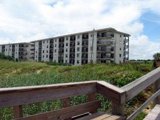Seaside Retreat Spacious With 3rd Floor  Ocean View