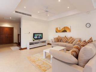 4-Bedroom Town Home with Private Pool in Bang Tao, Phuket