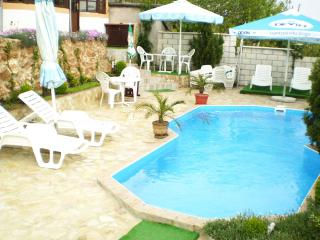 Large villa in Varna with pool, close to the beach