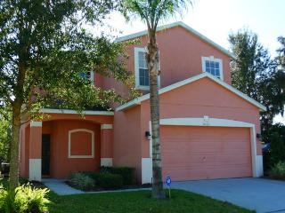 Family Friendly Pool Home Close to Disney, Loughman