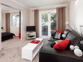 Nedlands Apartment