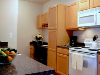 Amazing 1 BD in Overland Park(DC9-203)
