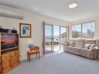 4 'Yarramundi' 47 Magnus Street, Nelson Bay