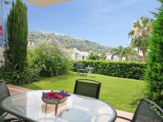 2 bed apartment, La Torre, Los Arqueros - 1628, Benahavis