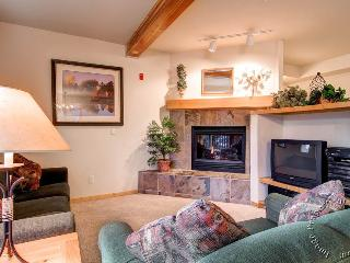 Twin Elk Townhomes B5 by Ski Country Resorts, Breckenridge