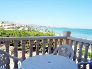 Front line Apartment - Sea View - Balcony - Communal Pools - 5608, Playa Paraiso
