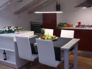Rijeka Romantic Apartment in the Center