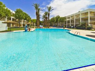 Nice Apt w/ shared Pool n/ Beach, Eilat