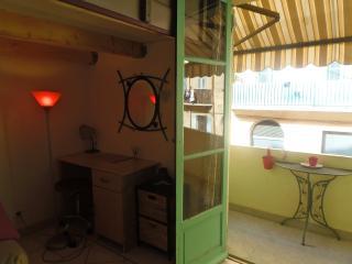 studio au port de nice, Niza
