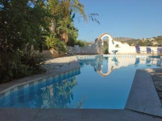 Villa Le Palme a Bonagia con piscina, Trapani
