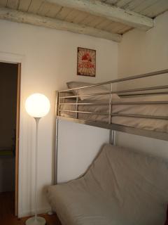 Chambre 3 voyage authentique, lit clic clac mezzanine 140x190 + 90x190