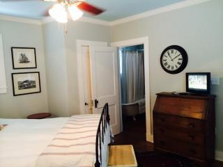 Guest House Bedroom and Bath, San Antonio