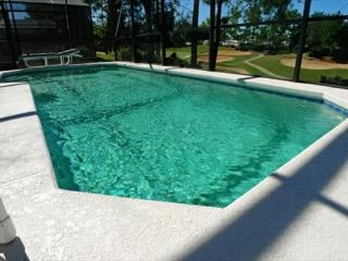Comfortable 3 Bedroom 2 Bath Pool Home Overlooking Fairway. 2660HA