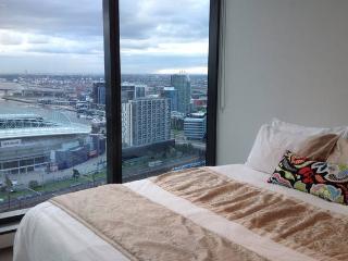 Modern 1-BR Apartment, Melbourne