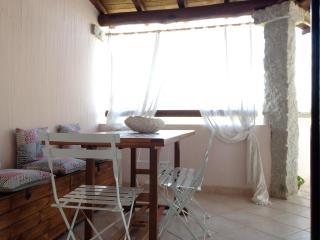 Esclusivo appartamento con terrazzo, San Teodoro