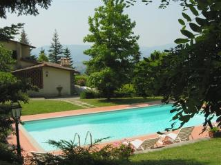 Cerliano Holiday Home Sleeps 8 with Pool and WiFi - 5227026
