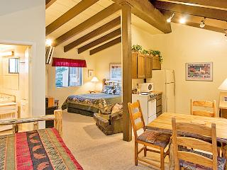Timber Ridge 22 - Mammoth Ski in Ski out Condo, Mammoth Lakes