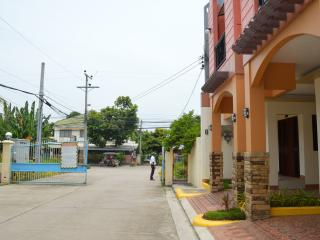 Furnished  3 Bed Room Apartment in Talisay Cebu(1)