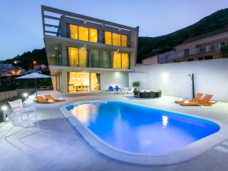 Amazing 5 Bedroom Villa near Dubrovnik