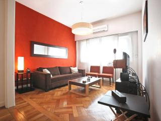 RECOLETA: 3BR, Top modern sun flooded apt, Buenos Aires