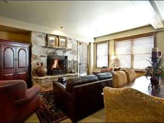 Beautiful Mont Cervin Plaza Condo - In the Heart of Silver Lake Village (24921), Park City